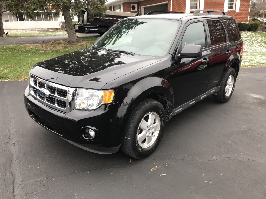 2012 ford escape XLT 4x4 only 36,000miles power locks windows ect great running and driving suv