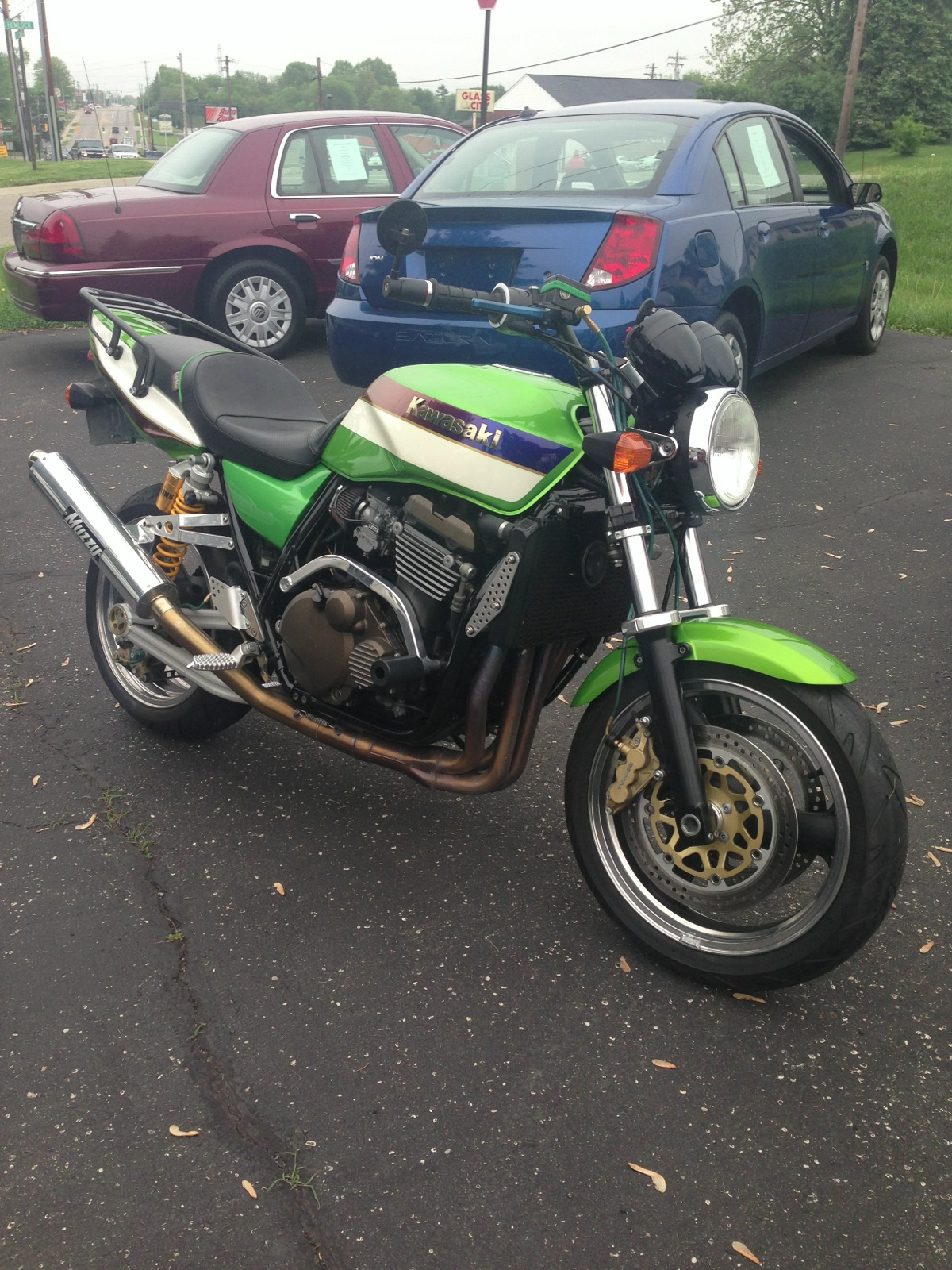 2002 zrx 1200 with only 8,000miles fully muzzy exhaust k&n filters cammed, after market shocks brake levers brake lines and seat clean nice riding and sounding bike