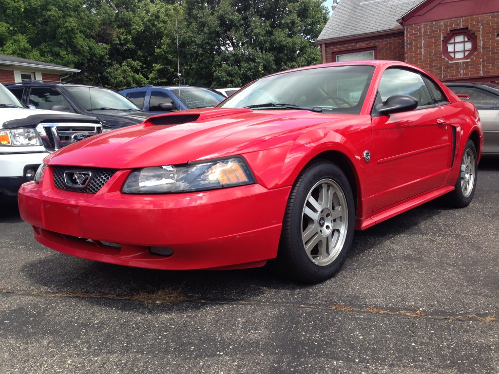 2004 Ford Mustang GT 117,000 miles Automatic, leather seats, mach sound . Clean car inside and out. Cold a/c runs and sounds great.