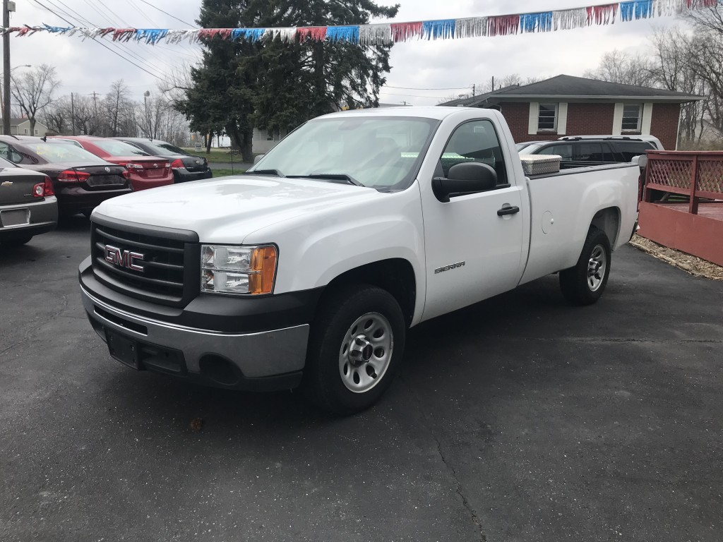 2013 gmc sierra 1500 only 72,000miles 4.3v6 auto runs and drives like new cold a/c