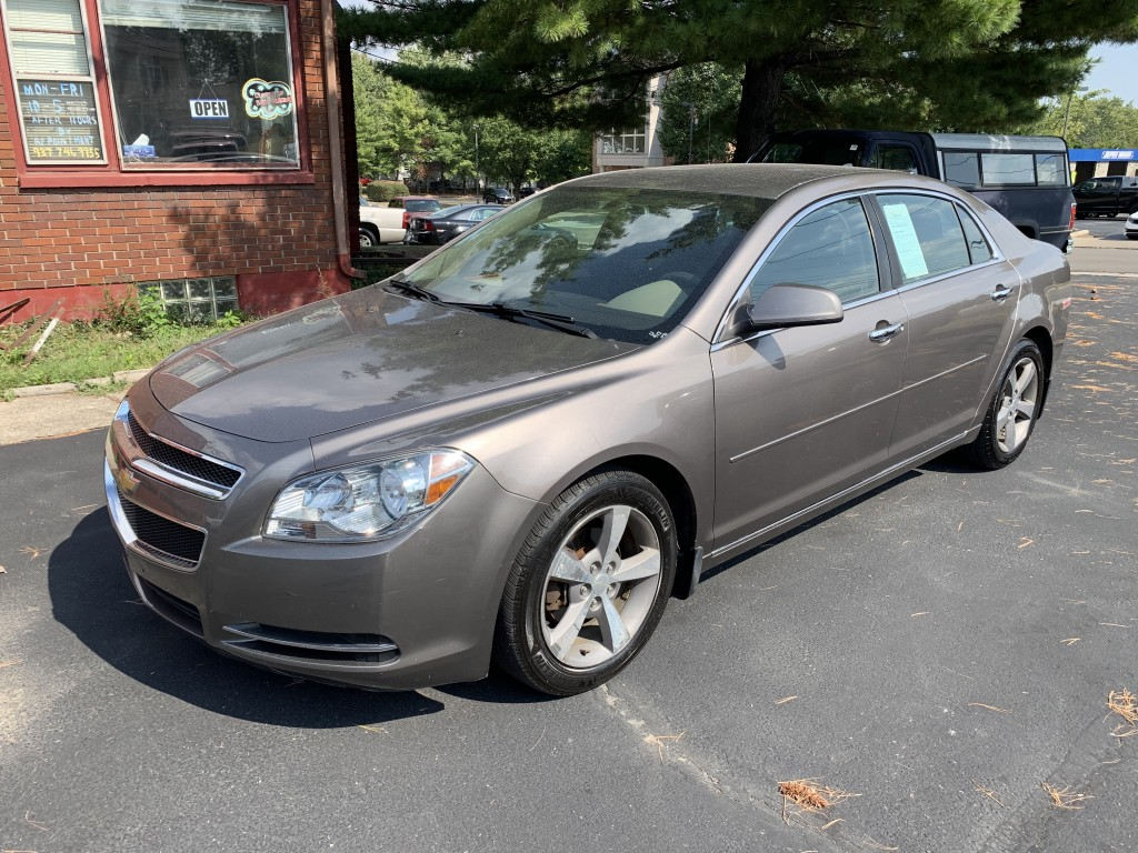 2012 Chevrolet Malibu lt only 73,000miles remote start loaded clean inside and out